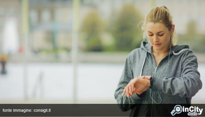 Smartwatch IP68: recensione orologio sportivo da donna